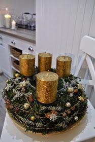 Dekorace na přání...přírodní dekorace,které jsem doplnila zlatou třpytivou barvou.Stromečky na výšku 60 a 50cm,kovová konstrukce,kde je v...
