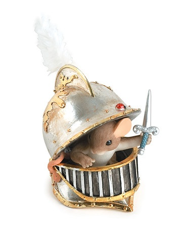 Knight In Shining Armor Mouse Figurine by Charming Tails
