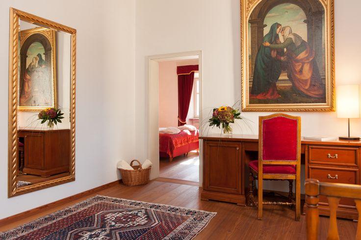 Suites Nr. 19 - anteroom