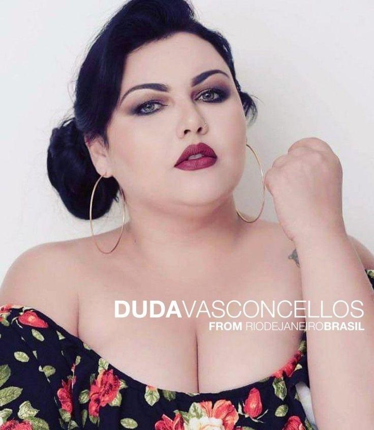 … Instagram: @dudavasconcellos.plus Name: Duda Vasconcellos From: Rio de Janeiro - Brasil Birth date: January 6th Horoscope: Capricorn . Model album at: #DudaVasconcellosCGVIP .  #boldandcurvy #curvynation #droptheplus #plussize . #horoscopesdates