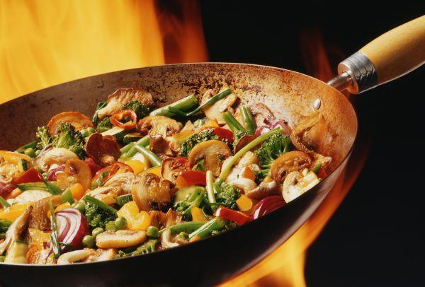 Comer bien y sano es muy fácil... Prueba con esta receta de Vegetales Salteados, saludable opción para acompañar pescados, carnes, aves.