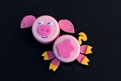 Поделки из крышек: Свинка