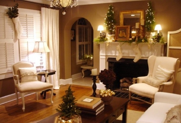 Christmas Decorating Ideas For Mantels | Check also out these christmas mantel
