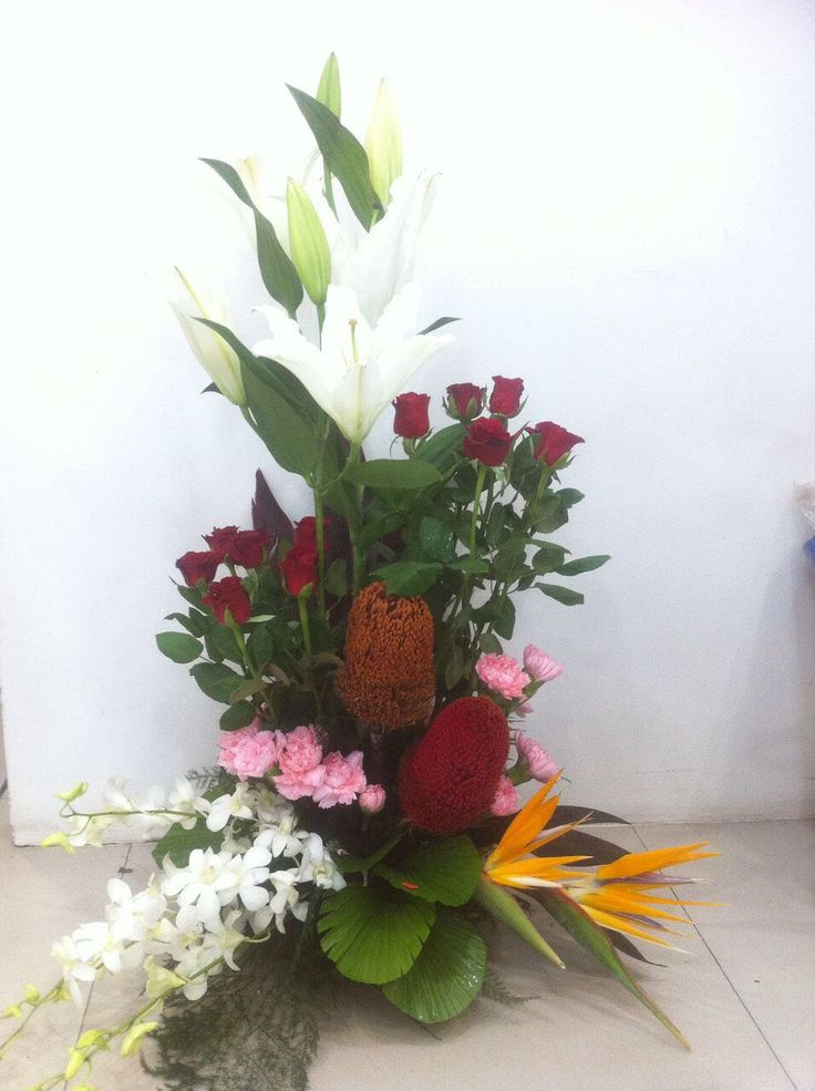 Send Flowers to Pune, an exquisite online florist in Pune welcomes you to the best of flowers arrangements. We have same day flower delivery online in Pune with best price. For More Details Visit Link –