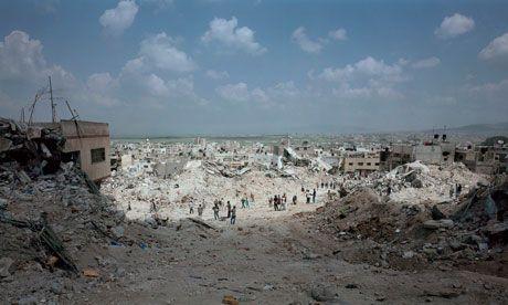 Luc Delahaye turns war photography into an uncomfortable art