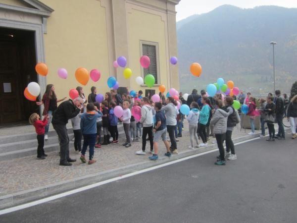 Don Manzotti accoglienza a premana (4) (Medium)