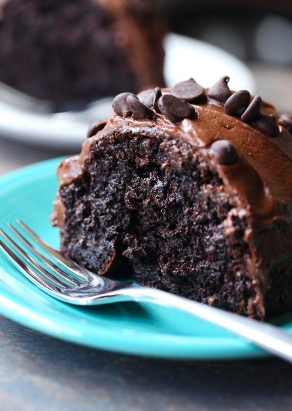 Ridiculous Chocolate Cake - Cookies and Cups
