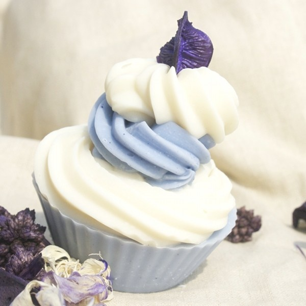 Nope... not a cupcake. This is home made soap. Might be a little risky in my home though. I'm sure one of my kids would take a bite out of it.