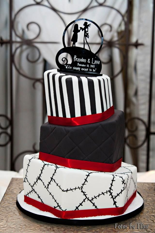 Superior Nightmare Before Christmas Cake   By Piece Of Cake. Love It!