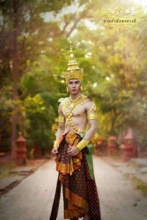 Wedding  dress thailand
