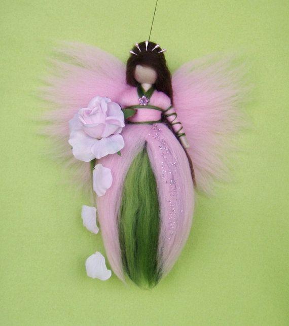 Needle Felted ROSE FAIRY Doll Angel Fairies Wool por Holichsmir