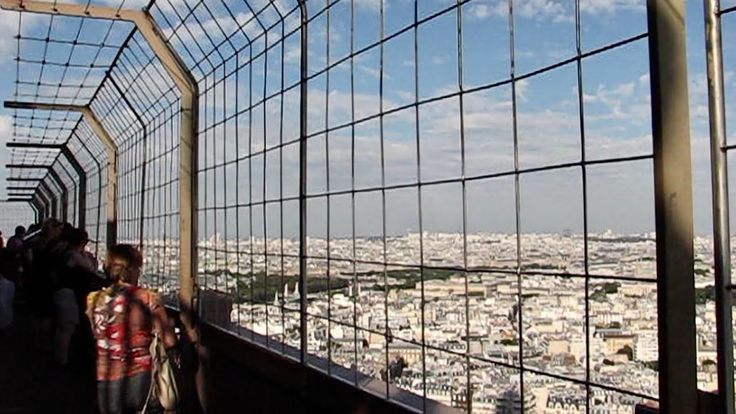 Video on top of the Eiffel Tower - Video Eiffel-tornin huipulta