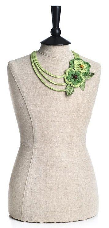 Beautiful Crochet Necklace Pattern | FaveCrafts.com