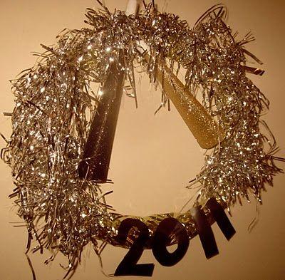 New Years wreath. Cool idea.