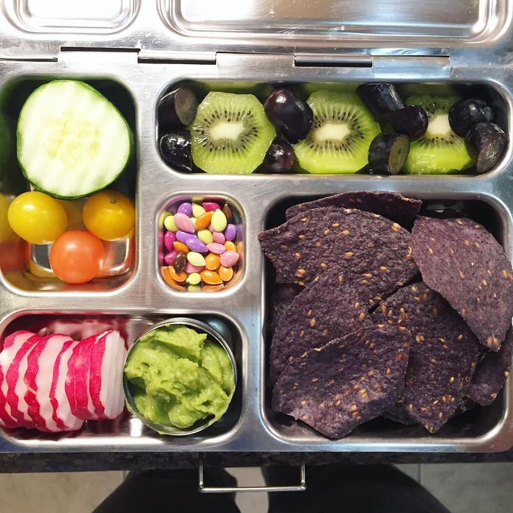 My daughter's @planetbox lunch for Tuesday is guacamole with organic blue corn/flaxseed tortilla chips, radishes, cucumbers, heirloom grape tomatoes, kiwi, moon drop grapes, and chocolate covered sunflower seeds. #lunch #bento #bentobox #organic #organicfood #healthy #healthyfood #healthykids #healthylife #healthyeating #Healthyfamily #instafood #instagood #eatyourveggies #eattherainbow #cleaneats #cleaneating #healthychoices #picoftheday #foodpic #foodie #eeeeeats #feedfeed #yum…