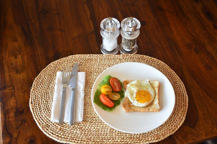 L1M1AS1 breakfast. Nikon D7000  18-142mm