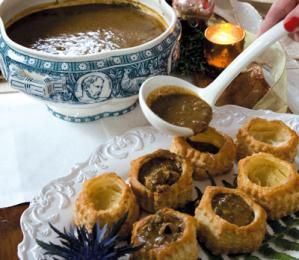 Mamere's Brown Oyster Stew in Pastry Shells http://www.wwoz.org/new-orleans-community/food/recipes/mamere-s-brown-oyster-stew-pastry-shells# I wonder how well it would be if I used duck or chicken.