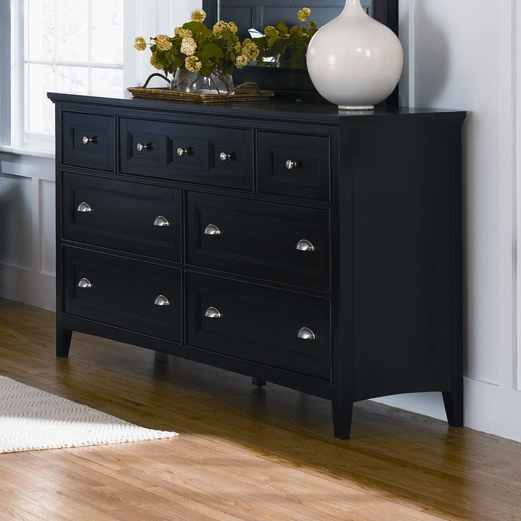 South Hampton 7 Drawer Double Dresser