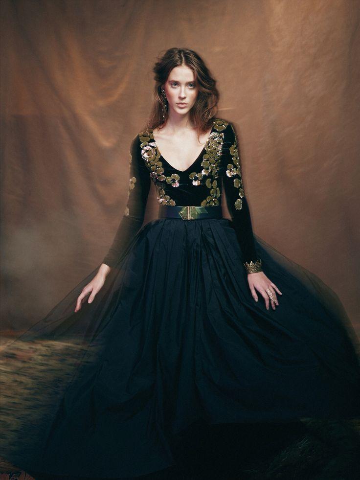 Fashion story. http://www.sffera.ru/photostudio/ Съёмки+7(495)287-86-85 Whatsapp: +79647879797 Sffera Photoproduction #рекламнаясъемка  #съёмка #фотостудия  #рекламноефото #russia #moscow
