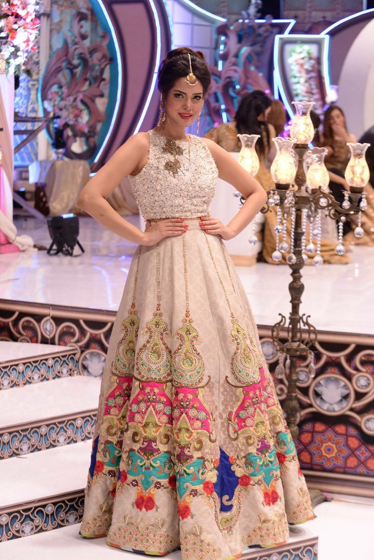 Buy discount party dress ups in Pakistan at Oshi.pk. Book Online comport party dress ups in Karachi, Lahore, Islamabad, Peshawar and All across Pakistan.