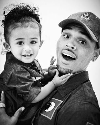 Ele & Elis Blog: Chris Brown shares new photo with his daughter Roy...