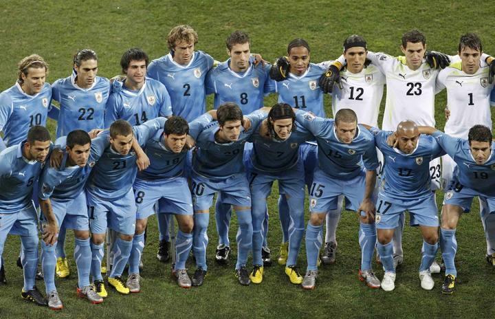 Plantel completo de Uruguay. Campeonato Mundial de Fútbol Sudafrica 2010.-