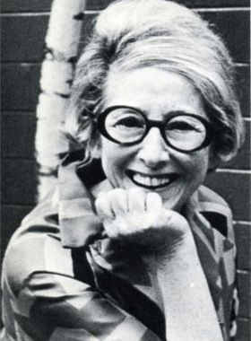 iris apfel young | Style at every age | Pinterest | Iris ...