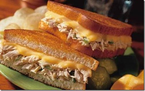 Classic Tuna Melt 4 SERVINGS    1 pouch (6.4 oz.)  or 2 cans (5 oz.) Tuna    2 tbsp. chopped onions   ½ cup mayonnaise    (1) ½ tbsp. finely chopped celery or pickle relish   8 slices bread, toasted  4 slices cheese