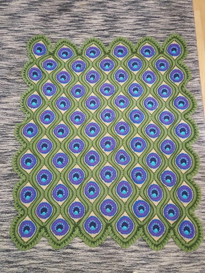 Free Crochet Pattern For Peacock Afghan : 17 Best images about Crochet - afghans/blankets on ...