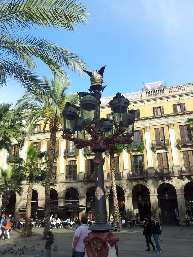 Plaza Real - Gaudi designed these lamposts for the City of Barcelona