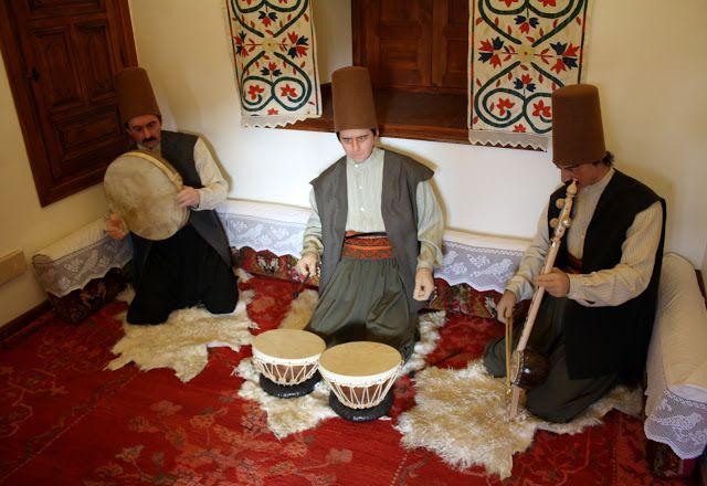 Konya mevlana müzesi mutrib heyeti odası - Mutrib committee Mewlana Jalaluddin Rumi museum Turkey.