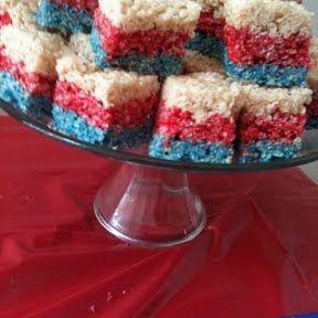 4th of July Rice Krispie Treats  #4thofjulydesserts #4thofjulyideas