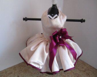 Perro vestido XS lavanda con rosas azules y por NinasCoutureCloset