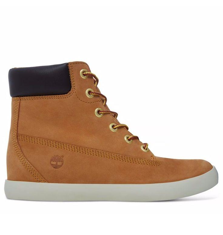 Réf : A1B3I Ces sneakers montantes pour femme rappellent volontairement le style des mythiques Yellow Boots tout en offrant un design et un confort plus légers. Dotées d'un cuir nubuck premium de couleur jaune, les baskets Timberland Flannery 6-inch possèdent aussi une assise plantaire Ortholite confortable dont l'amorti est complété par un petit talon compensé d'1,5 cm. Ces baskets pour femme sont également composées de matériaux écoresponsables.