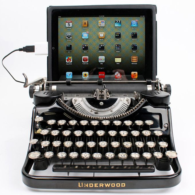 Our classic typing machines have been upgraded to serve as computer keyboards and tablet docking stations. An inspiring fusion of old and new.