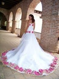 Resultado de imagen para vestidos mexicanos para boda