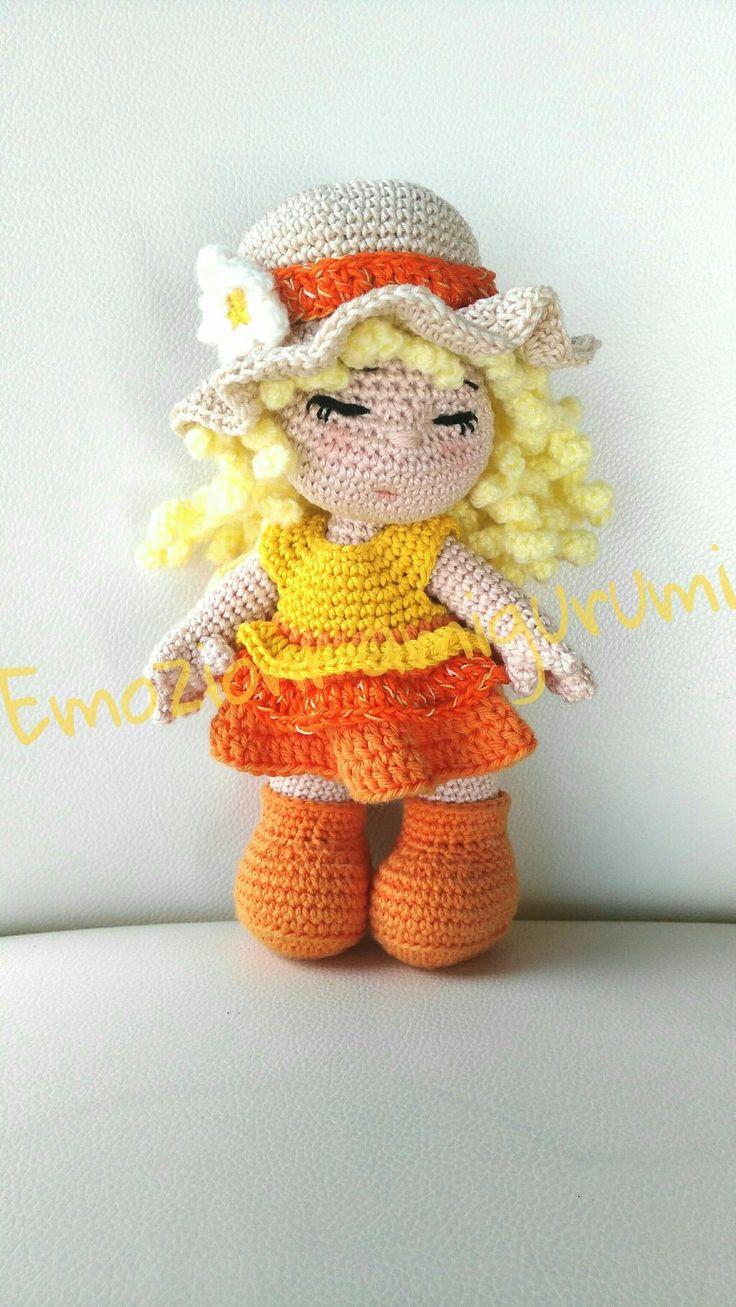 Doll crochet bambola amigurumi