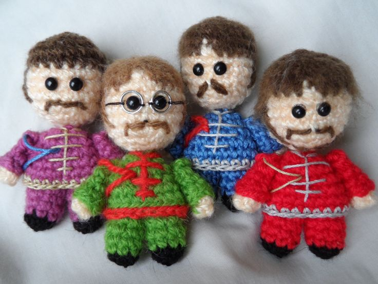 The Beatles amigurumi crochet #handmade #diy Sgt. Pepper