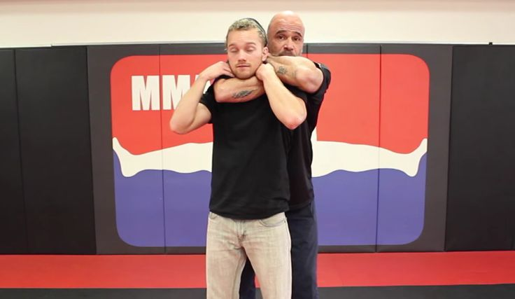 Watch Bas Rutten Demonstrate Defense for Standing RNC