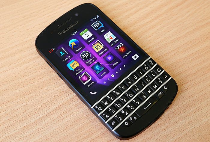 Sprint Rolling Out OS 10.3.2.2813 to BlackBerry Q10 Owners - http://blackberryempire.com/sprint-rolling-out-os-10-3-2-2813-to-blackberry-q10-owners/ #BlackBerry #Smartphones #Tech