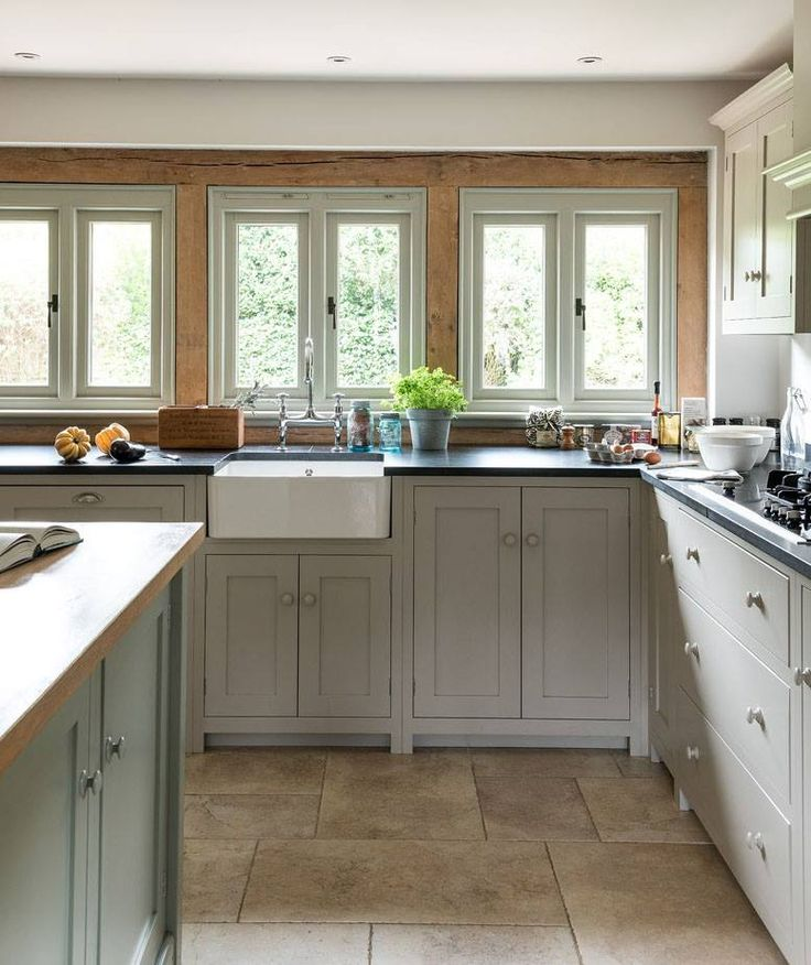 Kitchens With White Appliances And Oak Cabinets: 1000+ Ideas About Dark Oak Cabinets On Pinterest