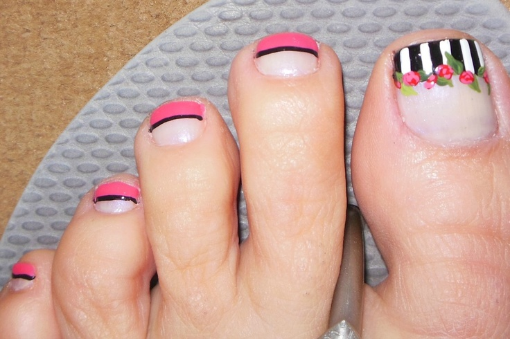 Pedicure: Got this inspiration from Robin Moses. Wow, you can really see how I didn't clean up around my cuticles on this picture. Disregard that:) I fell in love with her mani design that I just had to do it to my toes for Valentine's Day.