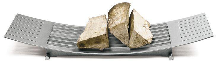Oryginalny pomysł na tacę do drewna kominkowego autorstwa Guntera Mattena specjalnie dla Conmoto.