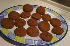 Εύκολα μπισκότα με μερέντα!Μόνο με 3 υλικά!