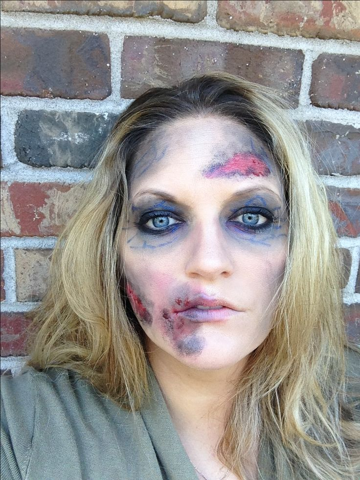 halloween zombie makeup easy diy use sheer black eyeshadow and a blue eyeliner pencil to - Best Halloween Makeup To Use