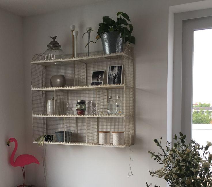 Shelf rack metal #metal #shelf #rack #old #vintage #bistrot #campagne #oldies