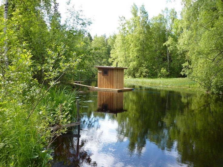 A floating sauna for Midnightsummer. Please take me there.