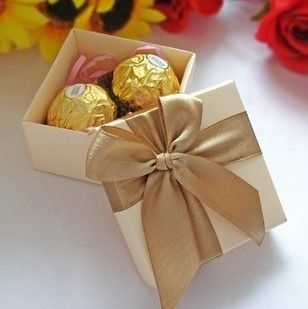 10pcs Golden Gift Boxes Wedding Candy Boxes Paper Boxes Gift Wrap With Robbion 10pcs/lot