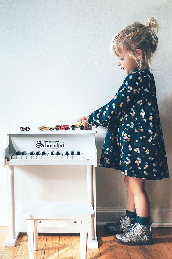 Детский гардероб: как выбрать нарядное платье для девочки - Make Your Style