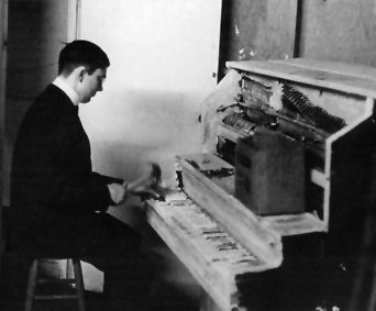 George Maciunas, 1964